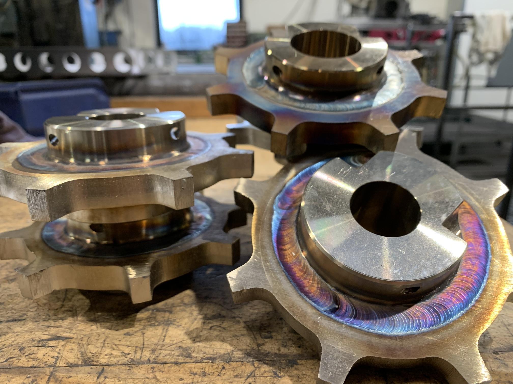 produktion af reservedele og sliddele hos JW Industri